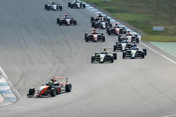Fünfter Saisonsieg für Oliver Bearman von Van Amersfoort Racing