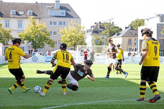 FC St. Pauli - Borussia Dortmund.JPG